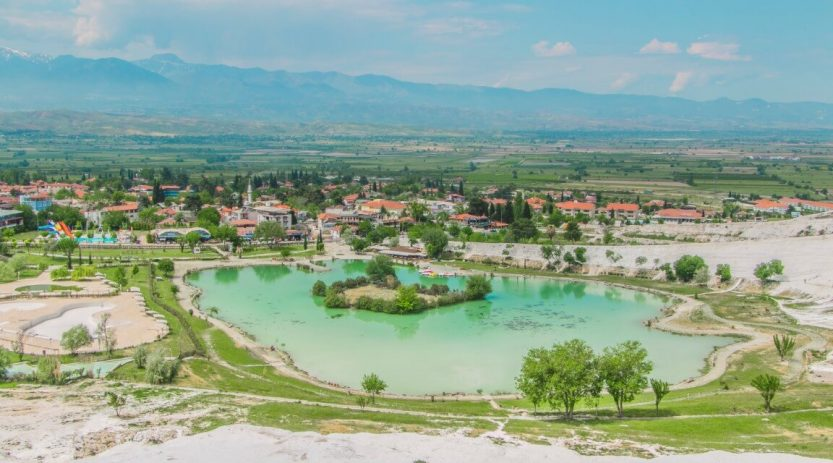 Pamukkale Tour by Semi Bus From Kusadasi